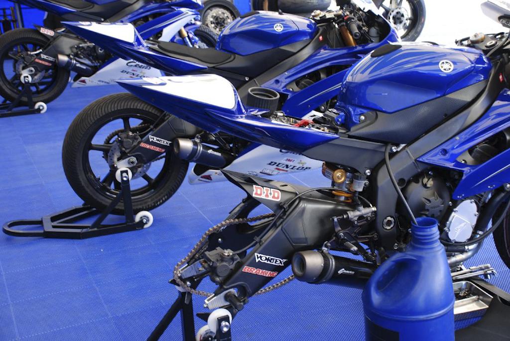 R1 & R6 Rear Axle Alignment Tool – make Yamaha wheel changes